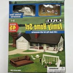 ERTL 12280 Family Home Set House People Swingset Deck Porch