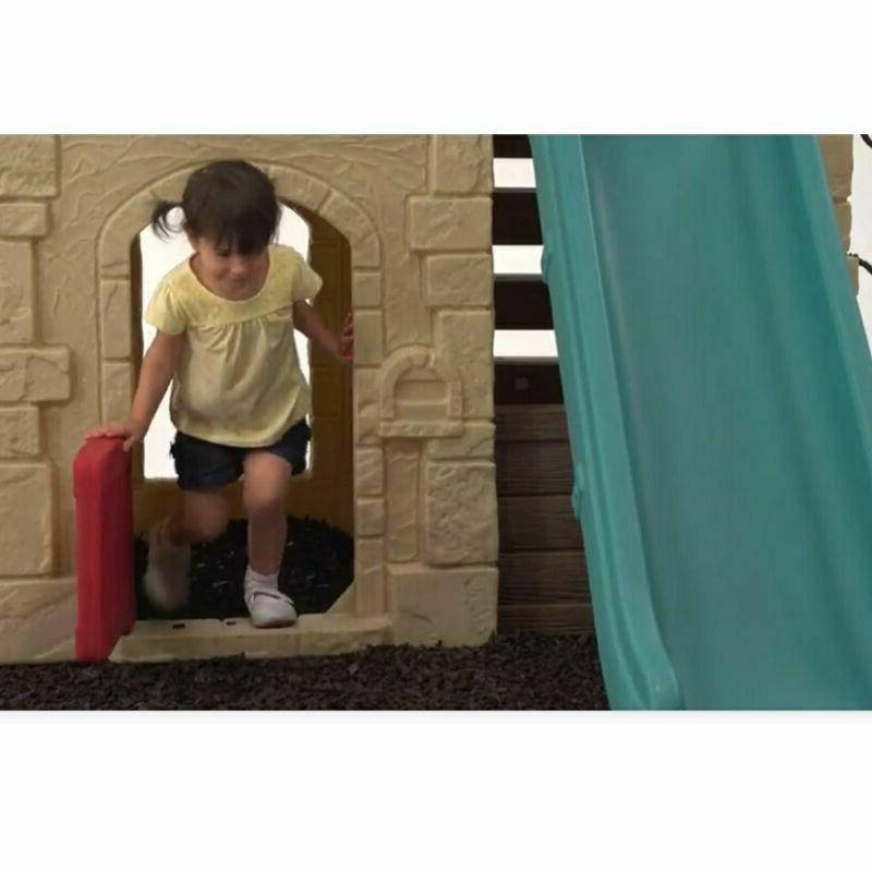 Step2 Naturally Lodge Play Set With Glider